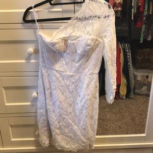 White lace BCBGmaxazria dress